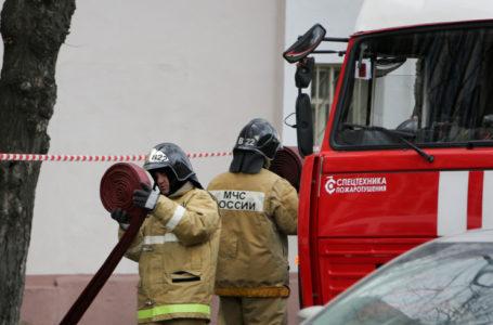 Пожар в многоэтажке на западе Москвы унес жизнь одного человека