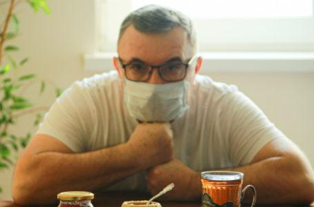 В ВОЗ объяснили правила ношения маски с очками