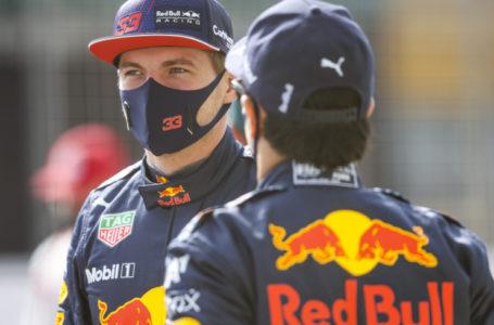 Ферстаппен показал лучшее время в первый день тестовых заездов «Формулы-1»