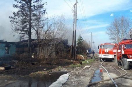 Семь домов сгорели в городе Бодайбо Иркутской области