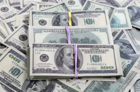 Финансист рассказал, где россиянам лучше хранить свои накопления