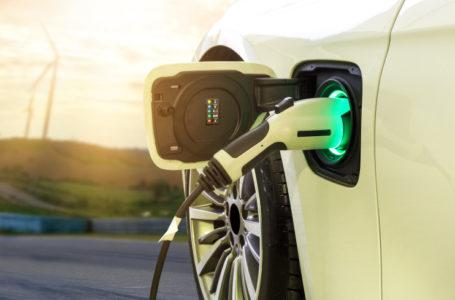 В России к 2024 году планируют выпустить не менее 25 тысяч электромобилей
