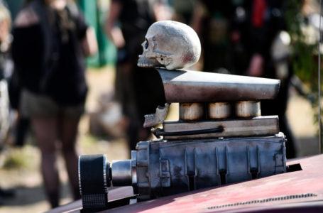 «Они пережили Апокалипсис»: культовые авто из «Безумного Макса» продадут на аукционе